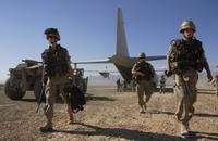 Afg_nl_troops_aus_c130j_tk_nov_06